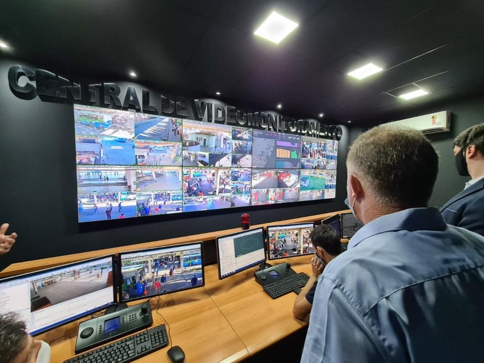 Central de videomonitoramento da Ceturb-ES. Foto: Rodrigo Araújo/Divulgação