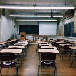 Donos de escolas estão bravos: queriam volta das aulas em setembro. Foto: Pixabay