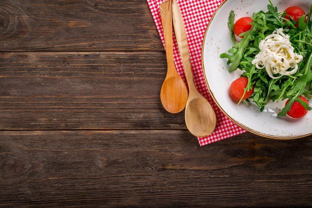 Alimentos; saúde; nutrição; salada. Foto: Pixabay