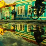 Vivendo uma experiência cultural ao viajar, conhecendo Curitiba. Foto: Reprodução/NaTrilha Podcasts