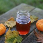 Cervejas com abóbora são feitas na época do Halloween. Foto: Sarah Gualtieri/Unsplash