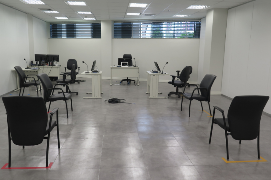 Salas de audiências das Varas do Trabalho de Vitória. Foto: Reprodução/TRT-ES