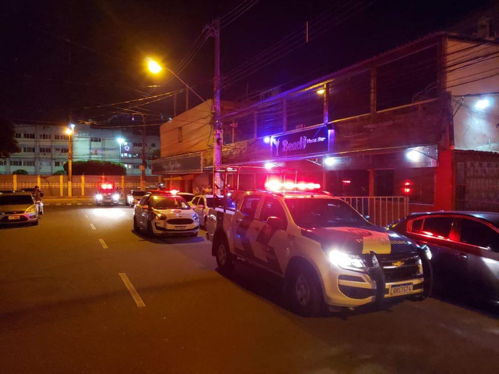 Fiscalização fecha casa noturna em Vila Velha. Foto: Divulgação/PMVV