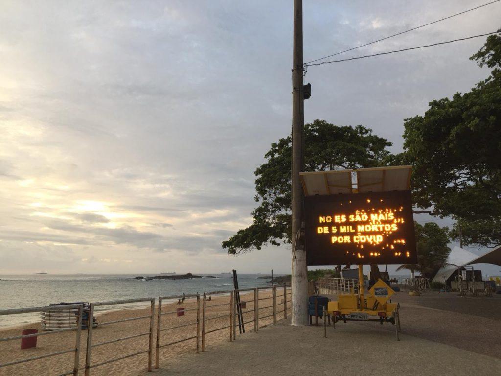 Prefeitura de Vila Velha usa letreiros luminosos para alertar sobre coronavírus. Foto: Letícia Cardoso