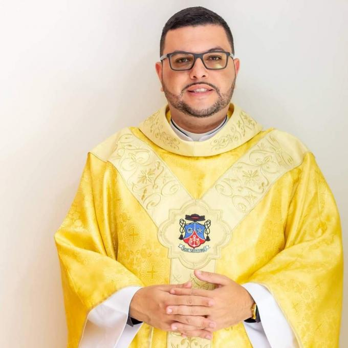 Padre Kleber Santos. Foto: Divulgação/Paróquia São Francisco de Assis