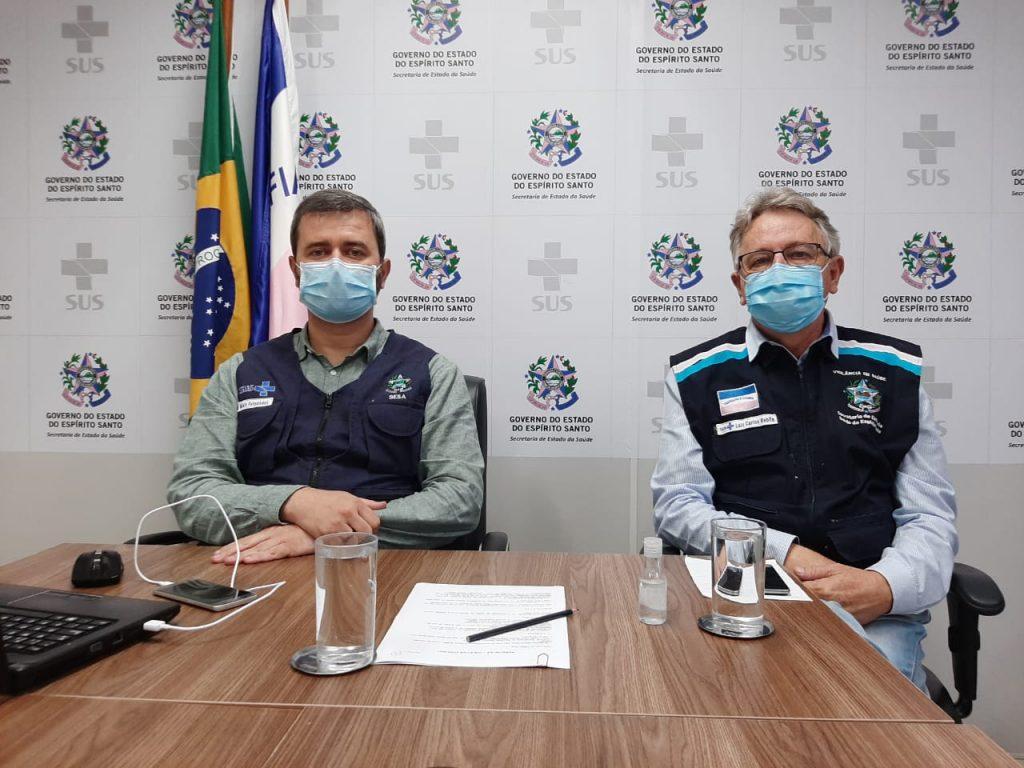 Secretário de Estado da Saúde, Nésio Fernandes, e subsecretário de Vigilância em Saúde, Luiz Carlos Reblin. Foto: Divulgação/Sesa